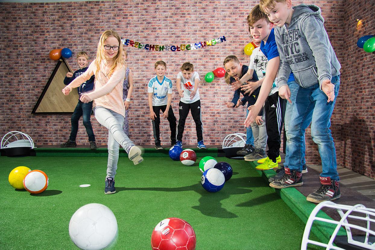 Kindergeburtstag mit PoolBall® - Ein absoluter Volltreffer
